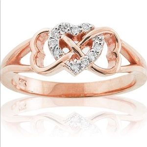 Jewelry - NWOT rose gold triple heart infinity ring